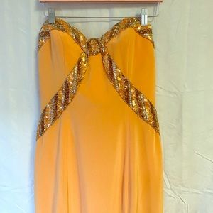 Cache strapless with beautiful sequence size 8